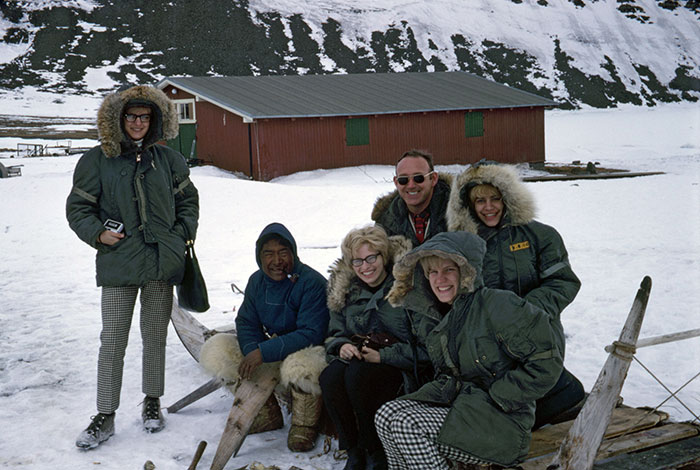 GreenLand_With_The_Golden_Girls